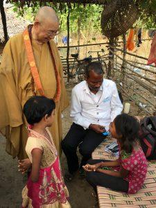 インド救済資金